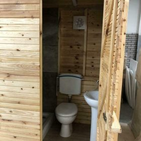 houten sanitairunit
